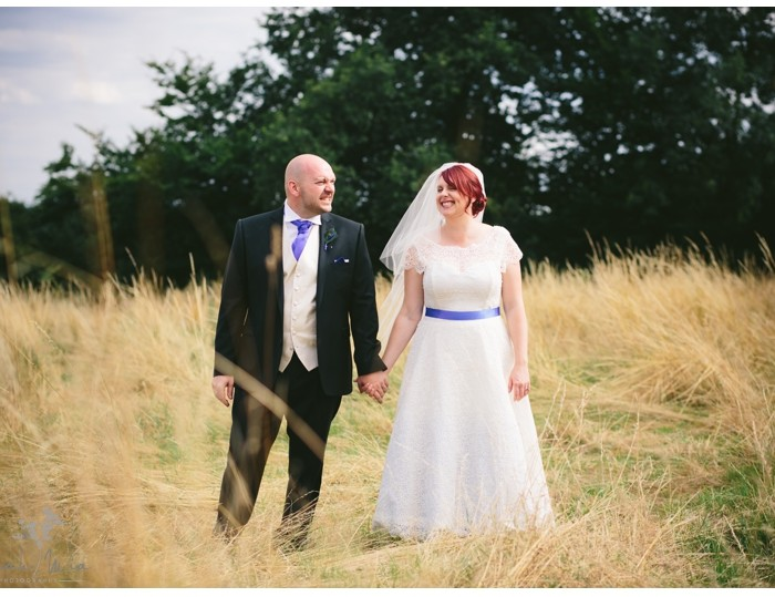 Buckettsland Farm, Borehamwood, Hertfordshire Wedding Photography - Bec & Rob