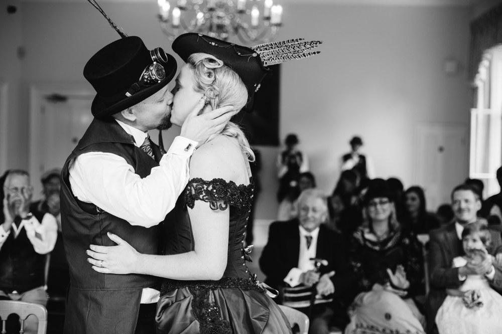 Kew Gardens Cambridge Cottage London Wedding Photography (40)