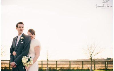 Hannah & Oscar – Notley Tythe Barn, Aylesbury, Buckinghamshire Wedding Photography