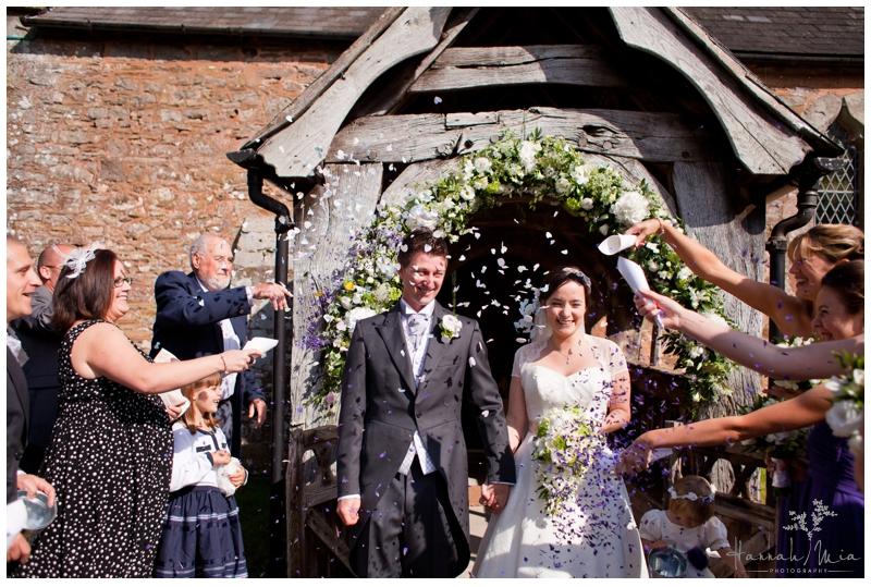 Dewsall Court Herefordshire Wedding Photography (104)