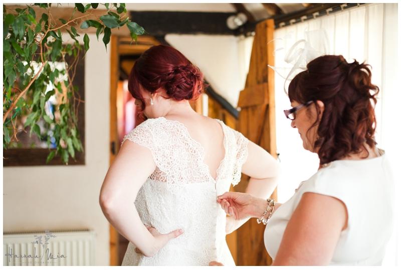 Buckettsland Farm Borehamwood Hertfordshire Wedding Photography (136)