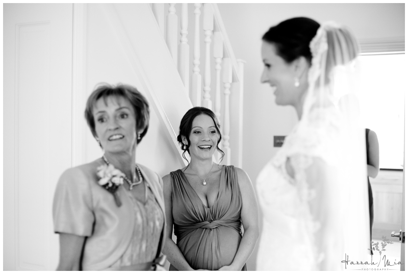 Buckettsland Farm Borehamwood Hertfordshire Wedding Photography (169)