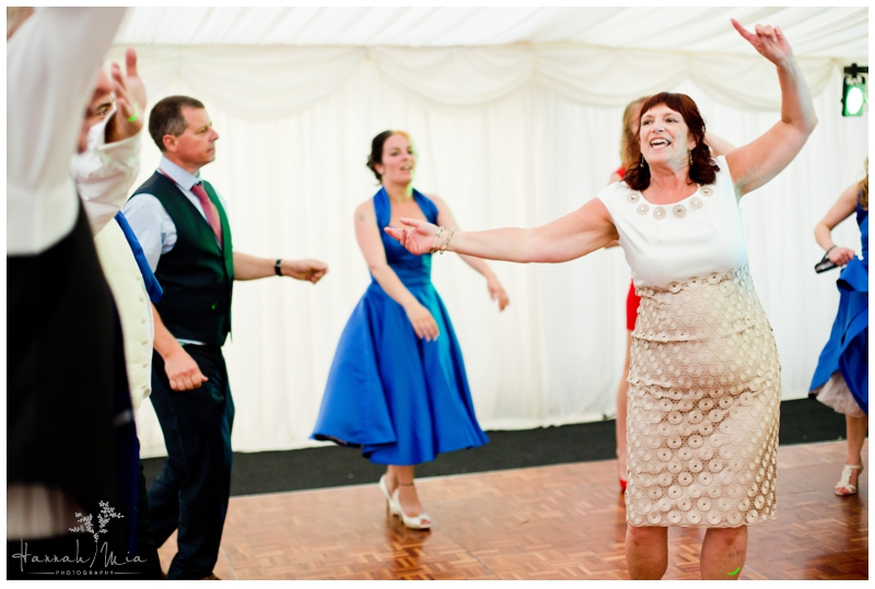 Buckettsland Farm Borehamwood Hertfordshire Wedding Photography (18)