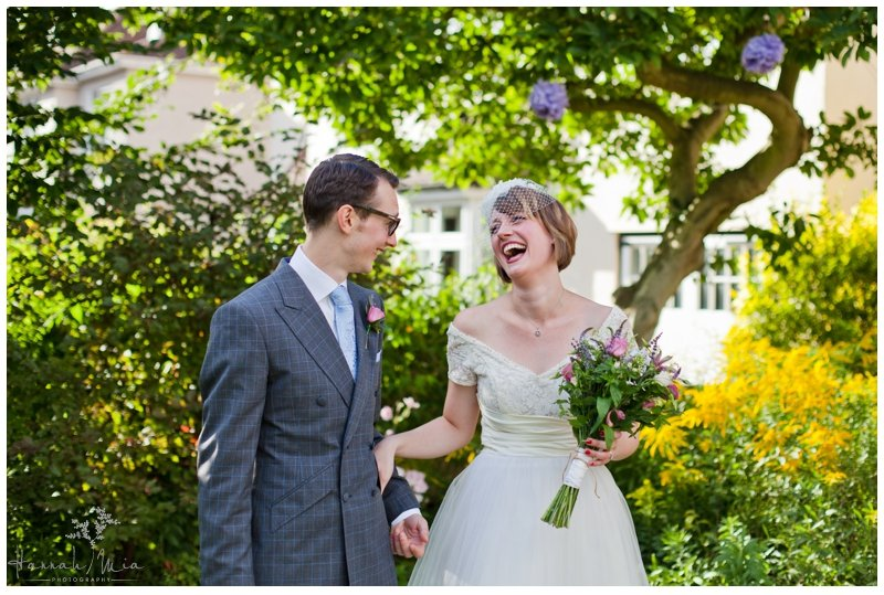 Backgarden Wedding, Ware, Hertfordshire Wedding Photography – Charlotte & Woody