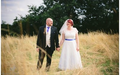 Buckettsland Farm, Borehamwood, Hertfordshire Wedding Photography – Bec & Rob