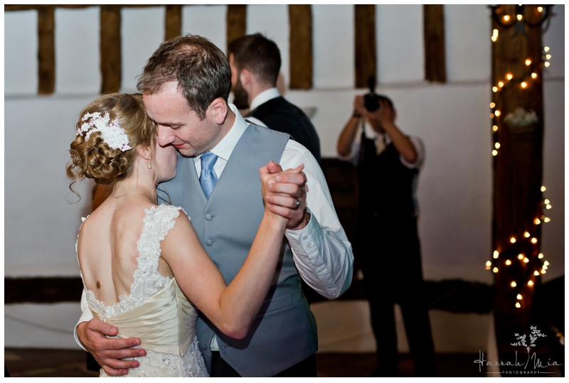 Smeetham Hall Barn Sudbury Suffolk Wedding Photography (5)